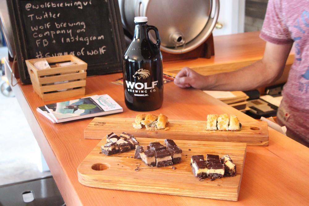Nanaimo Local Food Craft Beverage Estate Wine Tour